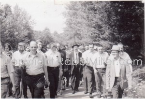 Rabbi Avigdor Miller Nature Walk During Yarchi kalla Summer 1973 at Glen zuckers wild hotel in Glen Wild, NY